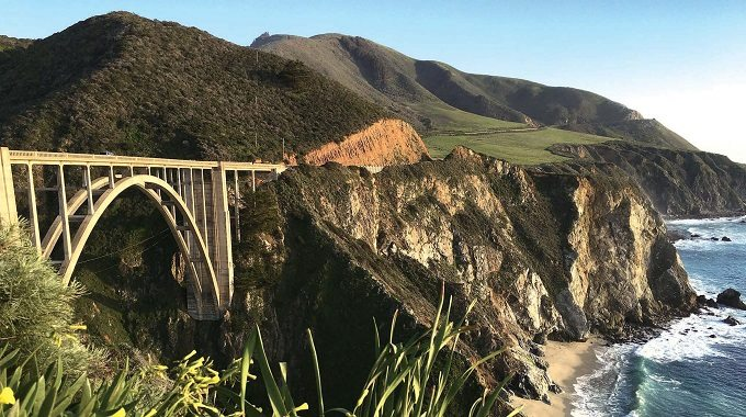 ビッグサーのBixby Creek Bridge
