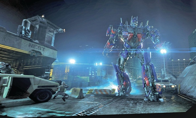 「Transformers: The Ride-3D」 ©2014 NBC Universal
