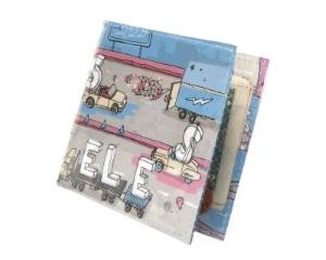 イラストの描かれた財布